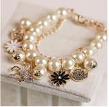 韩国时尚手链小马木马花瓣头像混搭珍珠多层韩国手链