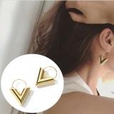 韩国时尚潮范耳环 海报款简约金属风字母V字造型耳环耳坠耳针