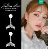 韩国彩钻后挂珍珠海豚尾一款两戴耳钉