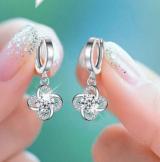 韩国水晶锆石四叶草耳扣简约超闪耳扣