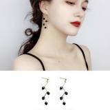 韩国个性冷淡风高级感四颗黑珠折线耳钉