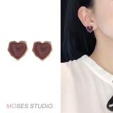 S925银针韩国少女爱心气质网红简约滴油耳钉