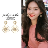 S925银针韩国复古个性金属太阳花珍珠镶钻气质高级感法式耳钉