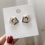 S925银针韩国高级感珍珠简约时尚复古珍珠钻耳钉