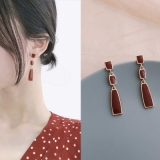 S925银针韩国小众复古红色气质长款耳钉