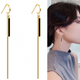 S925银针韩国女神简约几何长条经典半月小众长款耳环