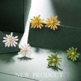 S925银针韩国小雏菊2020年新款潮气质简约花朵清新夏天网红耳钉