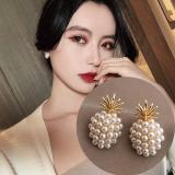 S925银针韩国简约小巧珍珠菠萝气质短款高级感耳钉