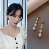 S925银针韩国璀璨锆石简约气质奢侈感耳钉