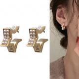 S925银针韩国珍珠星星气质ins网红小众耳钉