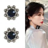 S925银针韩国蓝宝石复古高级感新款奢华闪亮耳钉