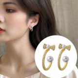 S925银针韩国新款蝴蝶结珍珠气质复古名媛C型小巧耳钉
