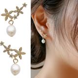 S925银针韩国东大门简约花朵镶钻珍珠温柔气质耳钉