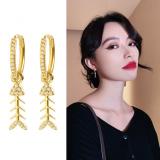 S925银针韩国鱼骨镶钻闪亮时尚百搭可爱气质耳扣
