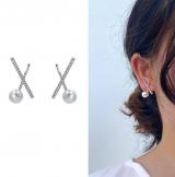 S925银针韩国冷淡风女2020新款镶钻珍珠交叉简约网红气质耳钉