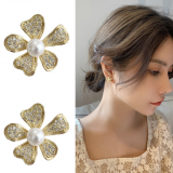 S925银针韩国森系超仙满钻花朵简约小巧精致高级感甜美优雅耳钉