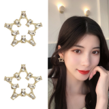 S925银针韩国气质简约甜美镂空五角星镶钻个性超仙耳钉