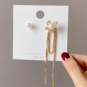 S925银针韩国ins风网红气质不对称花朵珍珠长款夸张耳钉