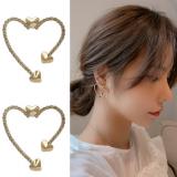 S925银针韩国东大门金属爱心镂空网红时尚设计师个性耳钉耳饰