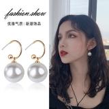 S925银针韩国夸张大珍珠圆球简约网红气质耳环耳钉女