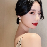 S925银针韩国2020新款网红气质大小珍珠夸张复古港风耳钉女