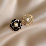 【4-17左右出货】S925银针韩国复古花朵高级感环珍珠冷淡风小巧百搭气质耳钉耳饰女