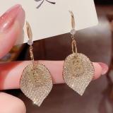 【真金电镀】S925韩国个性树叶新款锆石字母耳圈耳环