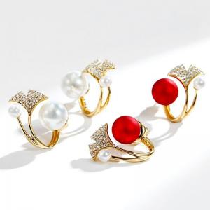 S925银针韩国红色珍珠镶嵌枫叶喜庆爆款时尚个性气质耳环耳钉