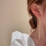 S925银针韩国时尚个性镶钻流苏长款显脸瘦设计耳钉耳饰女